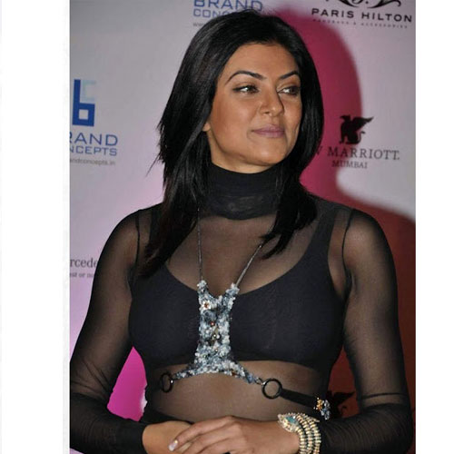 bollywood-actress-transparent-cloth-6