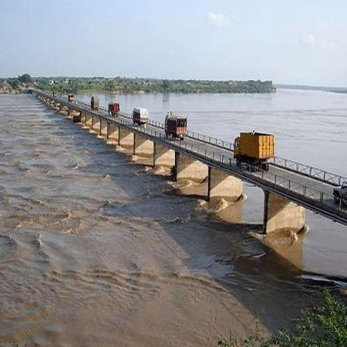 Police Probate To Cross This Bridge By Foot in Dholpur - Dholpur News in Hindi