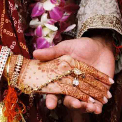 ajabgajab marriages are not in the village at night - OMG News in Hindi