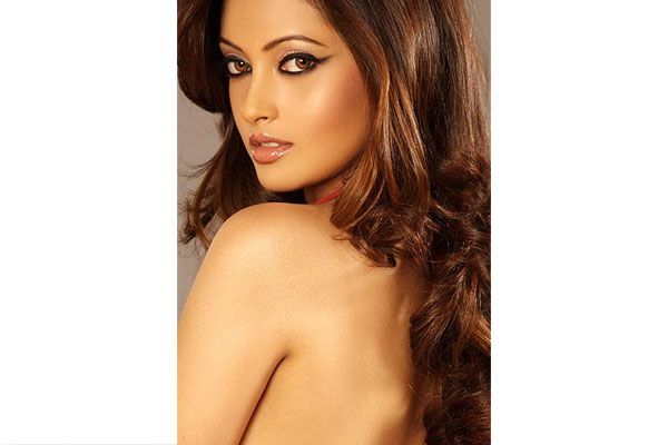 रिया सेन:  bollywood hot nude babes riya sen