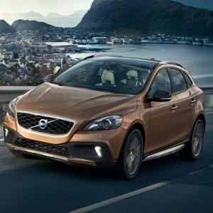 PICS : Volvo launches V40 Cross Country at Rs 28.5 lakh