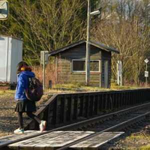 यहां सिर्फ एक बच्ची के लिए रोज आती है ट्रेन