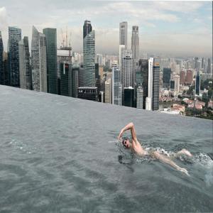 ये है दुनिया के सबसे बेहतरीन स्विमिंग पूल