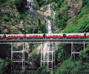 मौत से सामना कराते हुए जिंदगी से रूबरू कराते सबसे खतरनाक रेलवे रूट्स