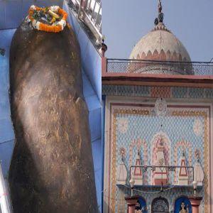 एक ऐसा मंदिर जिसमें शिला रूपी स्वयंशम्भू का आकार बढ़ रहा है