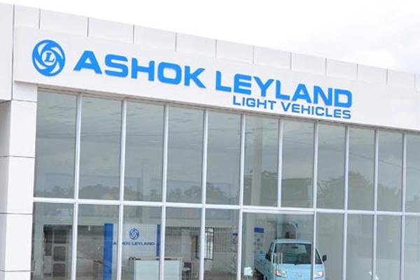 ashok leyland declares no working day in 5 factories 402991