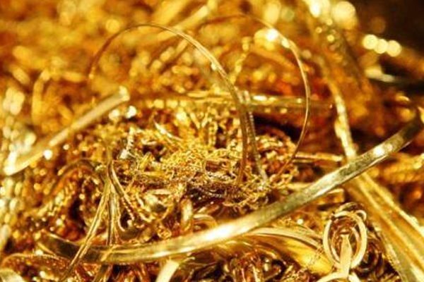 gold shine increased due to recession 436942