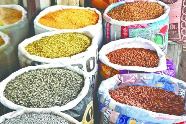 pulses with vegetables also become costlier prices increased by rs 500 a quintal in 1 month 450692