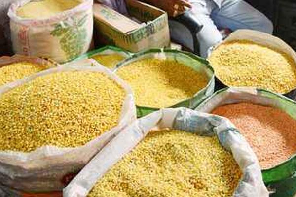 businessmen are demanding import of tur dal 455105