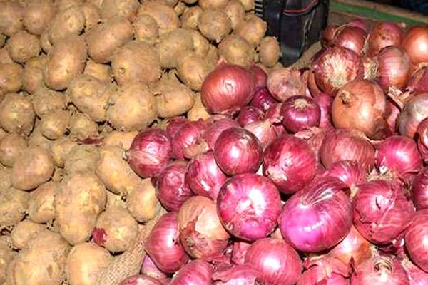 onion prices are increasing continuously 468512
