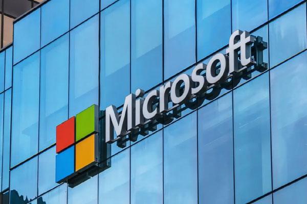 microsoft reportedly shelves windows 10x report 477730