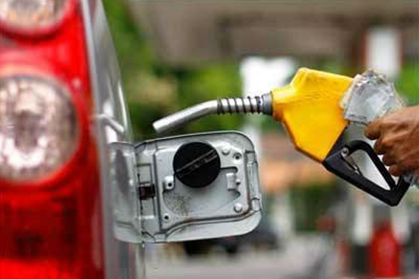 fuel price rise paused again petrol and diesel rates static 480790