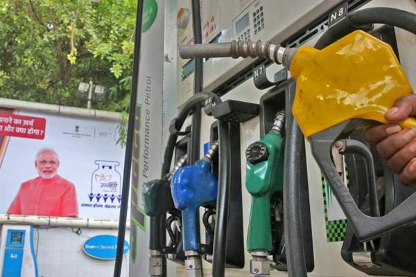 after petrol now diesel set to hit century mark in sri ganganagar 480923