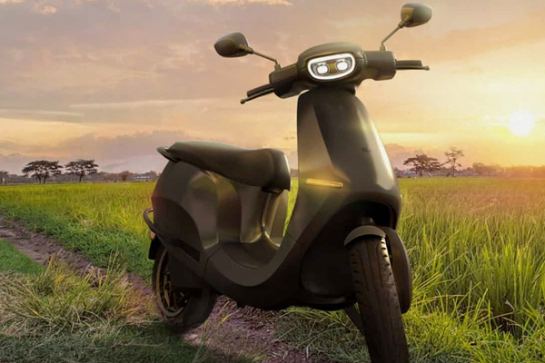 ola scooter receives 100k bookings in a day 485099