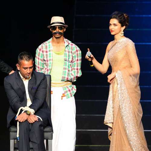 dhoni incomplete love story with deepika padukone - Bollywood News in Hindi