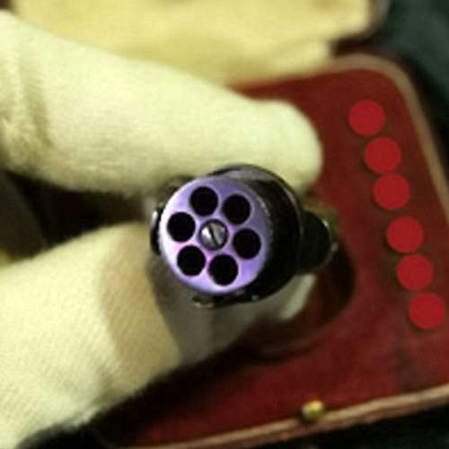 Smallest gun in the world goes up for auction and its the size of a Fingernail - OMG News in Hindi