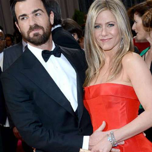 Jennifer Aniston got bored to see Justin Theroux in monotonous colors - Hollywood News in Hindi