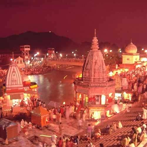 ajabgajab haridwar  monolithic fire is burning from  years in the gayatri tirth shantikunj ashram - OMG News in Hindi