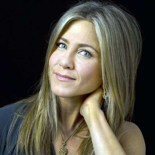 Jennifer Aniston says she was goth nightmare in high school - Hollywood News in Hindi