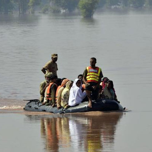 news  people were evacuated over kashmir - India News in Hindi