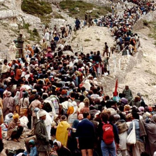 one lac devotees reached amarnath cave shrine, two die - India News in Hindi