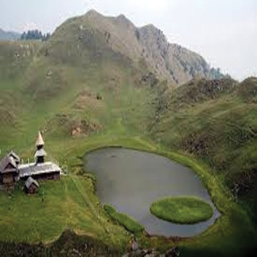ajabgajab the pond is in the treasury of billions of himachal - OMG News in Hindi