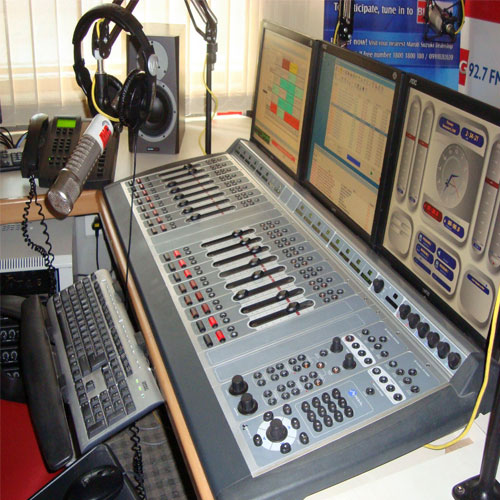 Make carrier radio jockey in radio fm - Career News in Hindi