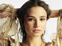Mia Maestro Wallpapers