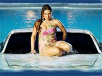 Khaskhabar � Kim Sharma Wallpapers. Wallpapers