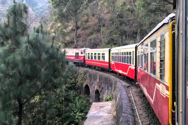 Bahraich-Mailani railroad will be develop Like Darjeeling and Shimla Toy Train Routes - Lucknow News in Hindi