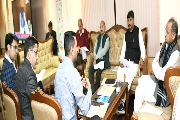 Chief Minister Ashok Gehlot said, Make effective cess recovery from builders - Jaipur News in Hindi