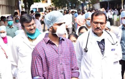 Andhra Pradesh confirms first death from Corona - Hyderabad News in Hindi