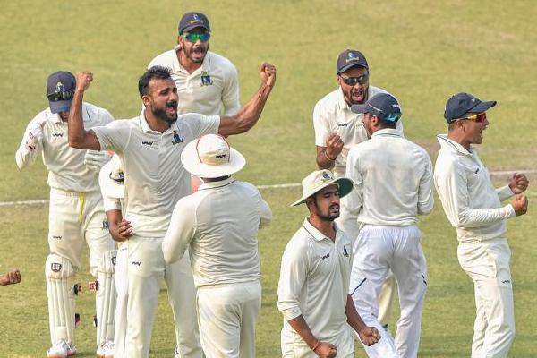 Ranji Trophy : Bengal beat Karnataka by 174 runs to enter in final - Cricket News in Hindi