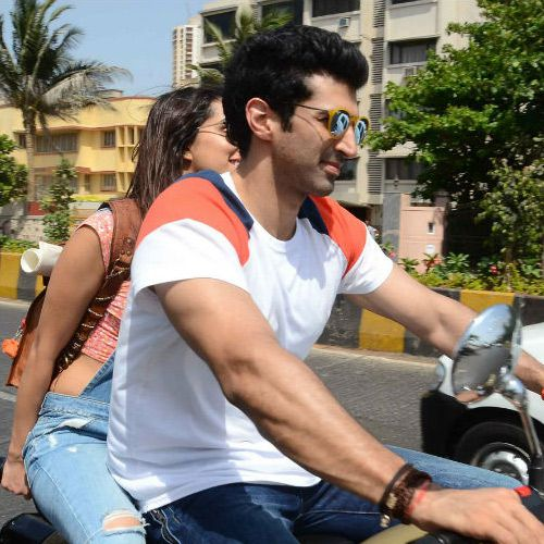 Excited to play relaxed happy normal character in OK Jaanu Aditya Roy Kapur - Bollywood News in Hindi
