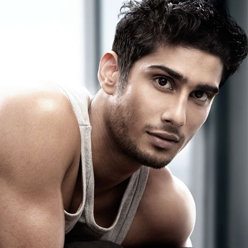 Prateik Babbar auditions for play in France - Bollywood News in Hindi
