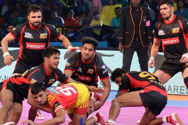 Gujarat Fortune Giants beat Bengaluru by 27-24 in PKL-5 - Sports News in Hindi