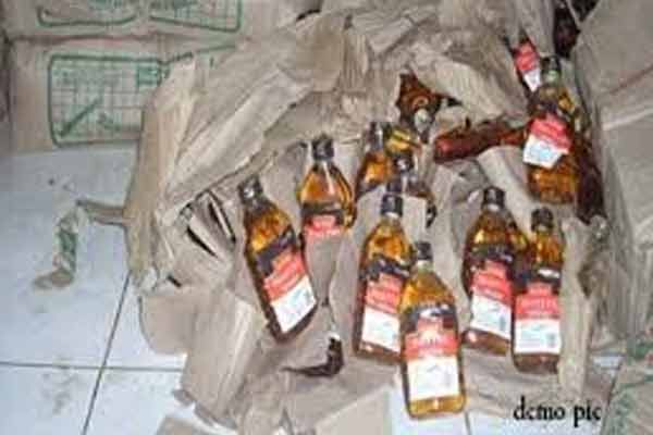 Khanna City Police raid on a house,Two accused making liquor, arrested in Ludhiana - Ludhiana News in Hindi