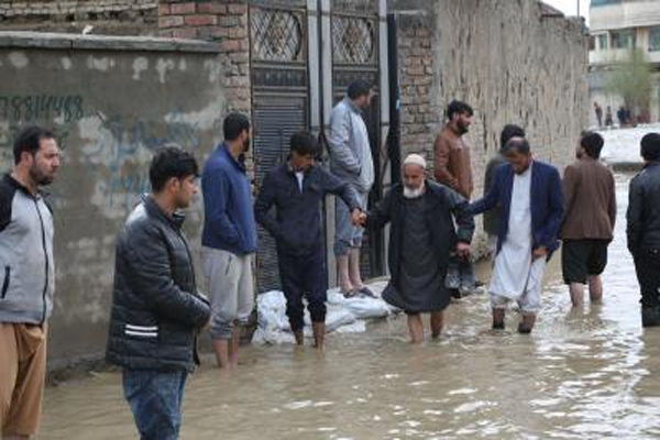 12 killed in Afghanistan floods - World News in Hindi