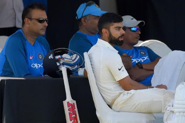 Team India new coach Ravi Shastri shares team india practice photo - Cricket News in Hindi