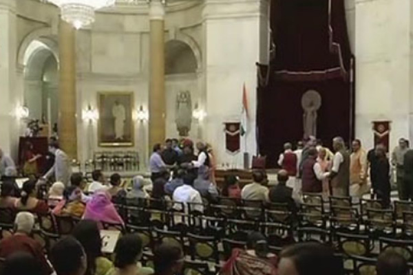 Modi Cabinet reshuffle Live Updates: Nine new ministers will take oath at 10:30 am today - India News in Hindi