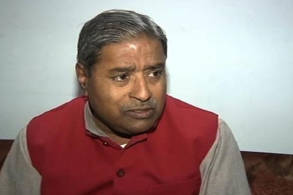 बीजेपी नेता बोले-कासगंज हिंसा के पीछे पाक का हाथ, राहुल ने कहा-मैं जिंदा हूं