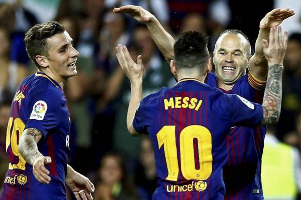 Spanish Football League : FC Barcelona beat Malaga by 2-0 - Football News in Hindi