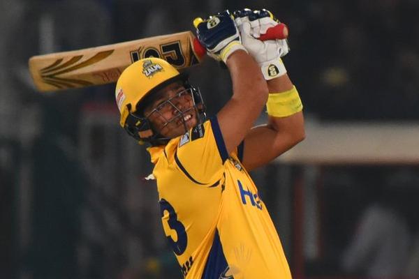 PSL : Peshawar Zalmi beat Karachi Kings to enter in final - Cricket News in Hindi