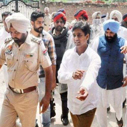 Naresh yadav arrest in Punjab - India News in Hindi