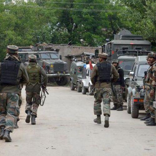 J&K: Army convoy attacked by Terrorist in Handwara - India News in Hindi