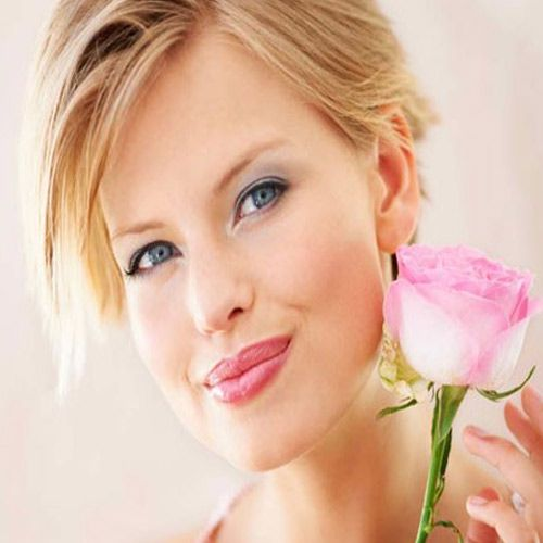Use natural products to stay beautiful - Lifestyle News in Hindi