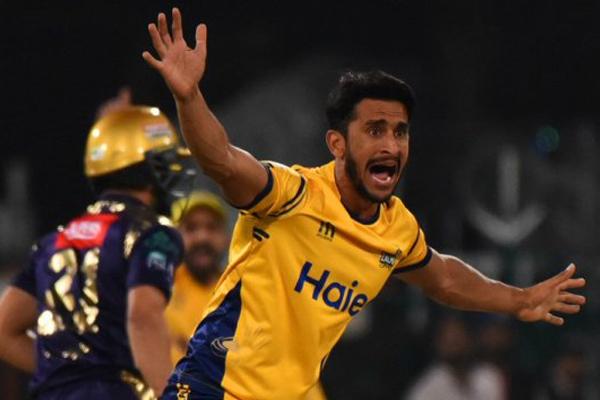PSL : Peshawar Zalmi beat Quetta Gladiators by 1 run - Cricket News in Hindi