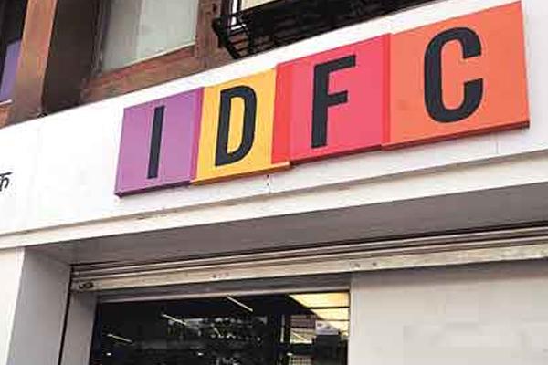 IDFC Bank net profit reaches 79 percent - Mumbai News in Hindi
