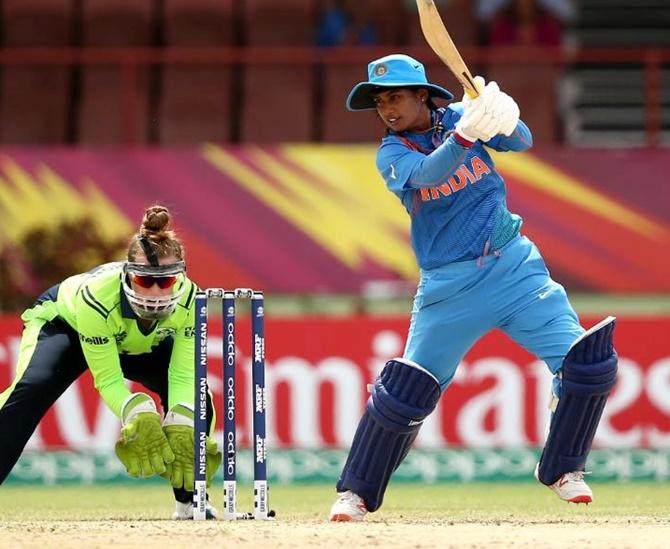 Women World T20 2018: Mithali Raj, spinners star in 52-run victory over Ireland as India seal semi-final spot - Cricket News in Hindi