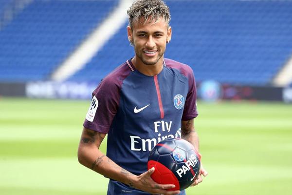 Neymar named best footballer of brazil in Europe - Football News in Hindi